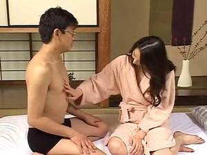 Japanese Mom's Lesson1...F70